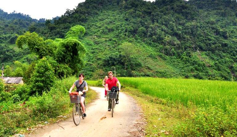 Trekking and cycling in Ba Be National Park 3 days 2 nights