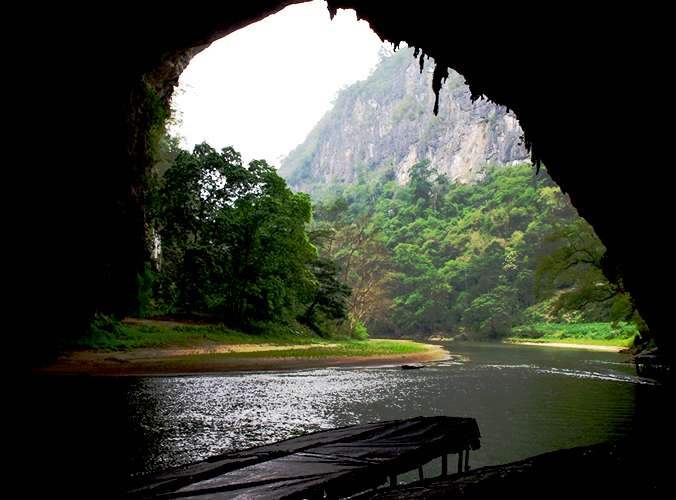 Trekking And Biking Ba Be national park, Puong Cave