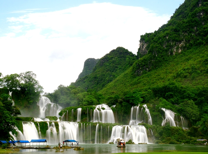 Ultimate North Vietnam Experience, Ban Gioc waterfall