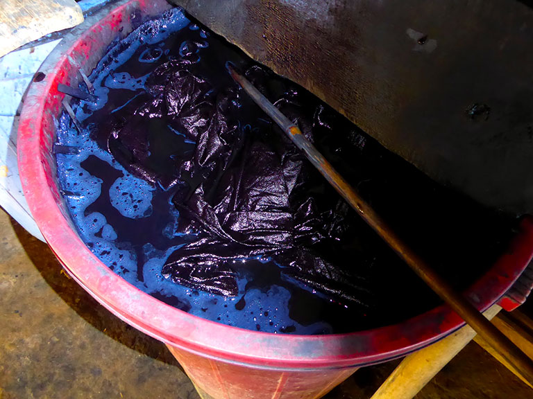 Indigo dyeing techniques of the ethnic minority groups of Northern Vietnam